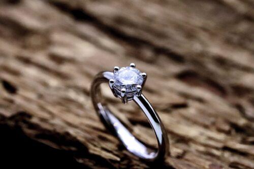 Anello Solitario Diamante Sei