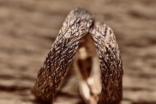 fedi matrimoniali corteccia red black realizzate in oro rosa